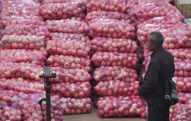 本是用来扶贫的苹果期货,为何却成了资本游戏?