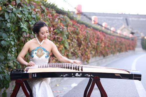 久音阁古筝 这4点注意跟7项要求,是中央音乐学院学古筝专业的最基本功