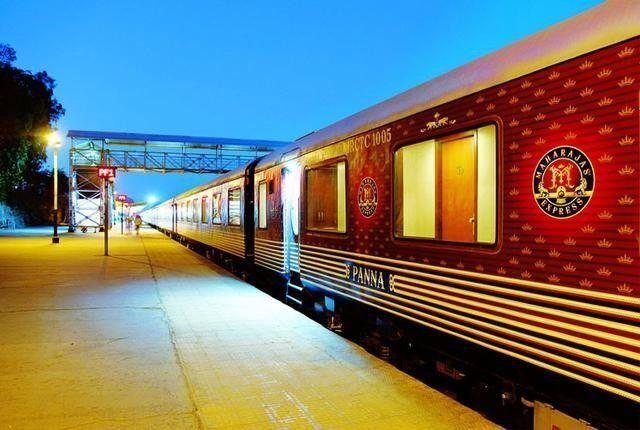 亚洲最壕的特慢火车:卧铺票价100万一张,网友:坐一回20年工资没了