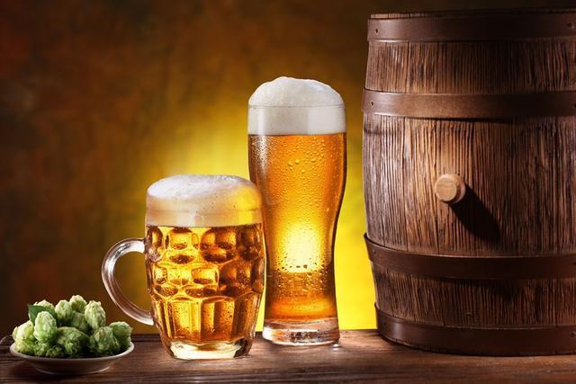 可乐和啤酒,到底喝哪个危害更大?这样喝酒对身体有不可逆的伤害