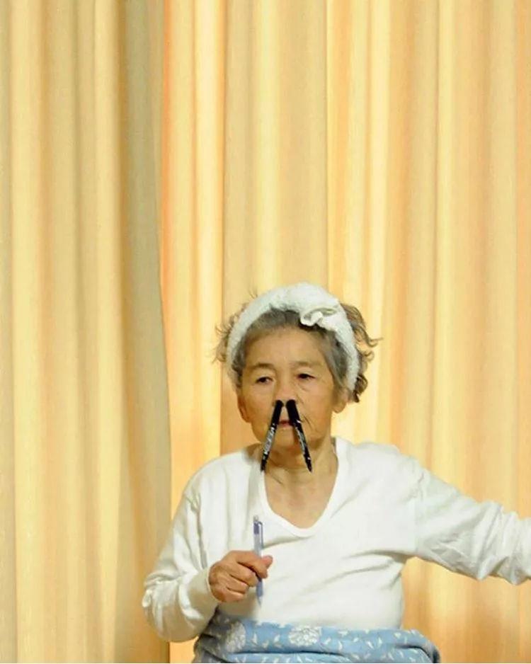 88岁肺心病老人口服了甲会怎样_羧甲司坦口服溶液