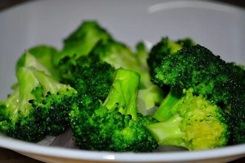 减肥的最佳常量营养元素比例