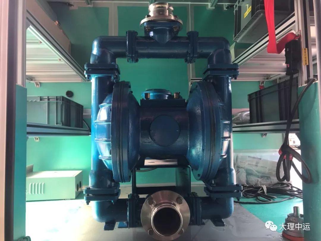 组装隔膜泵管道图片