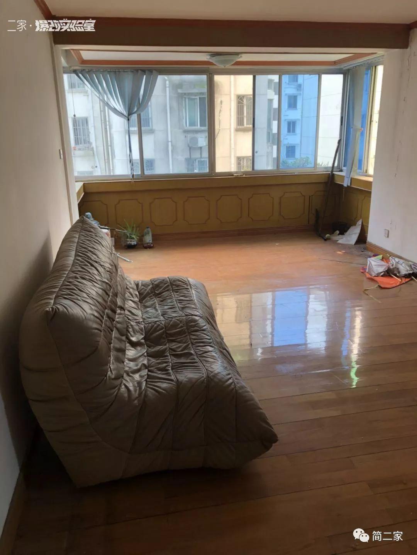 爆改 2㎡衣帽间+梳妆台+大衣柜…人家的才叫卧室我的怕是猪窝摔!