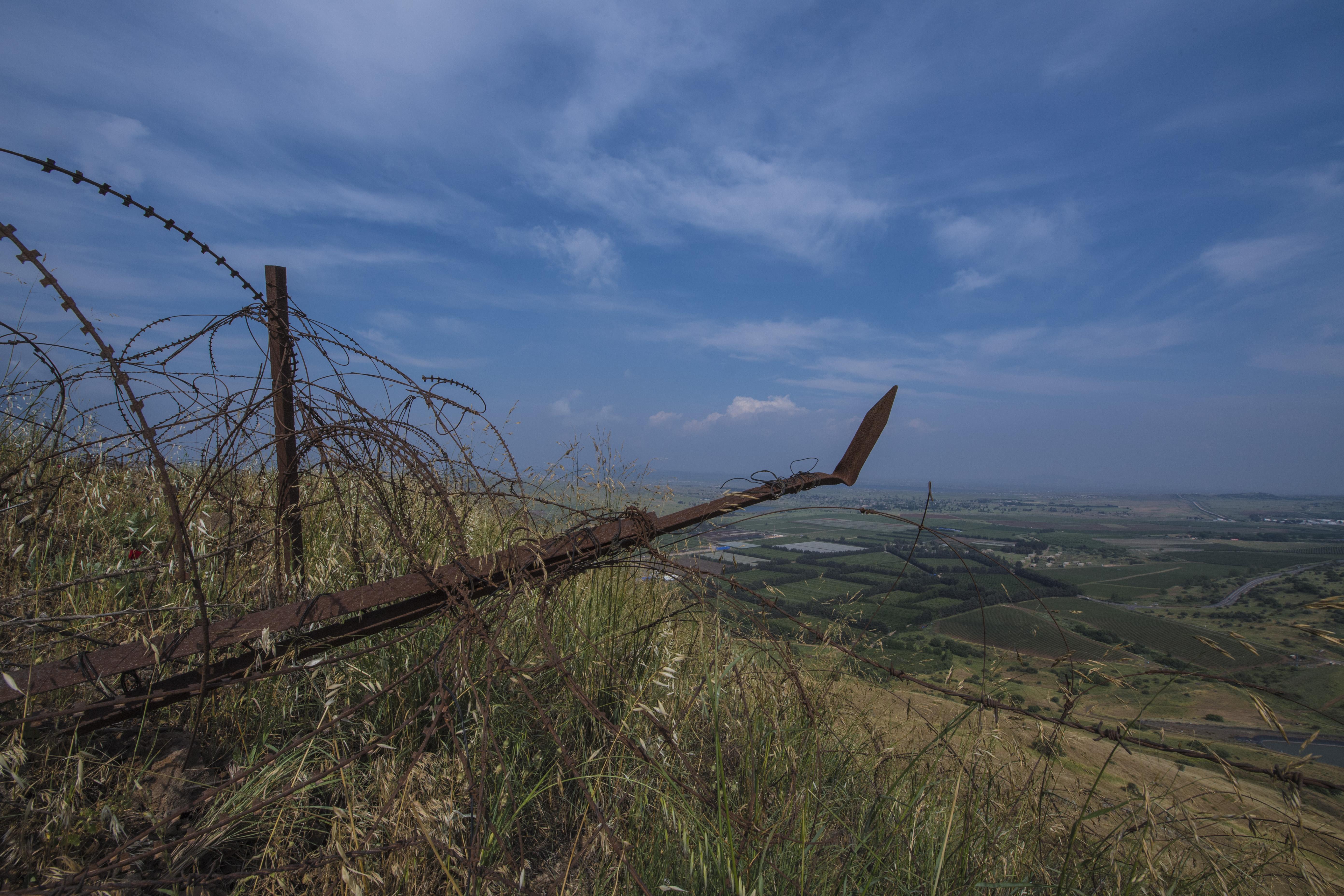 世界的火药桶也是最危险的地方,至今还被被重兵把守的戈兰高地