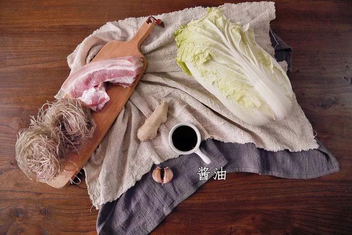 白菜猪肉炖粉条,冬天必备,家的味道,非常简单!