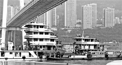 重庆坠江公交初步核实15人失联 水下定位已经确定
