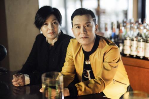李咏癌症去世李咏为什么全家移民美国退出央葬礼细节曝光视原因揭
