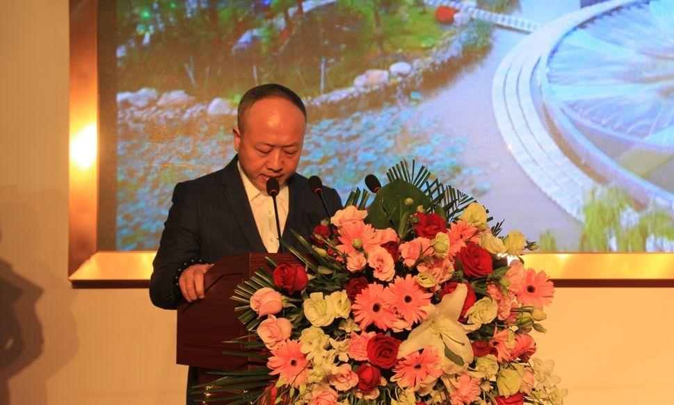 华隆集团董事长_湘潭华隆步步高图片