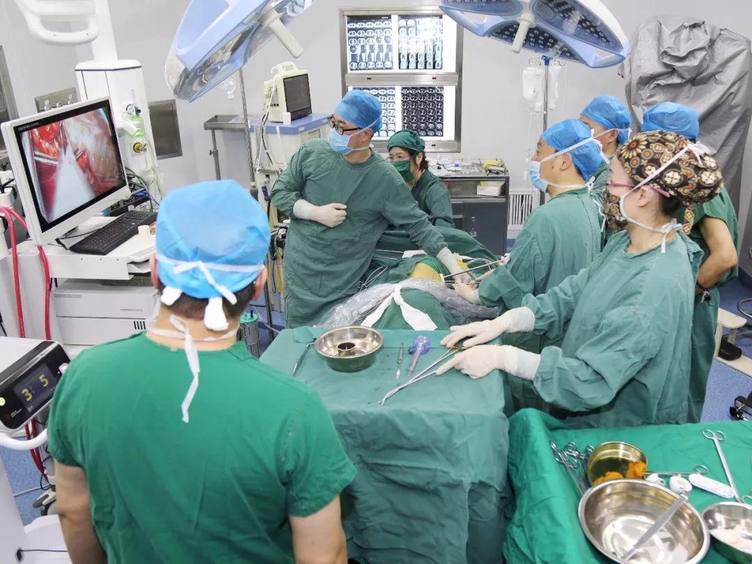 北京胸外科专家将于11月10日(周六)来大庆市第四医院出诊、手术