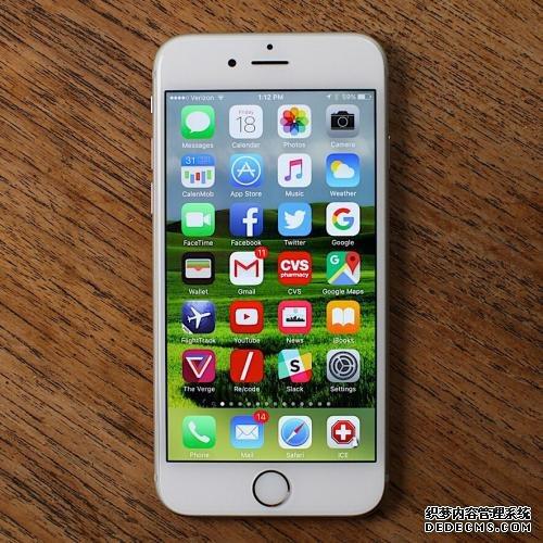 <b>如何将旧手机上的通讯录复制到新iPhone?</b>