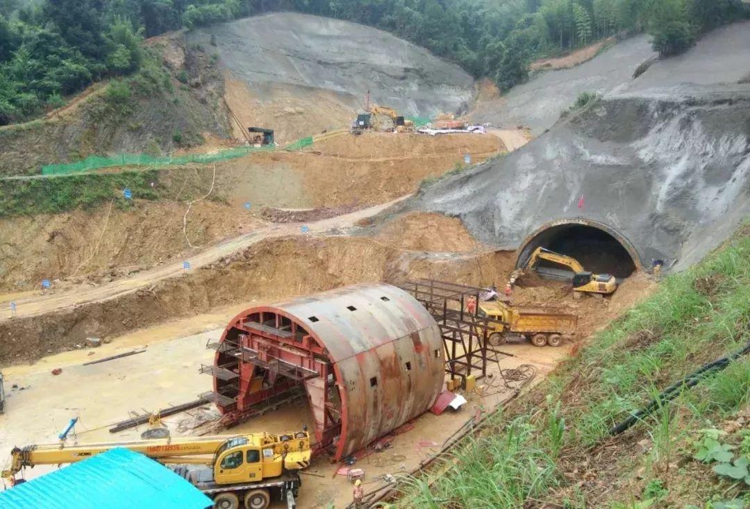 正午聚焦:云南昆石高速阳宗隧道7个月发生251... _手机乐视视频