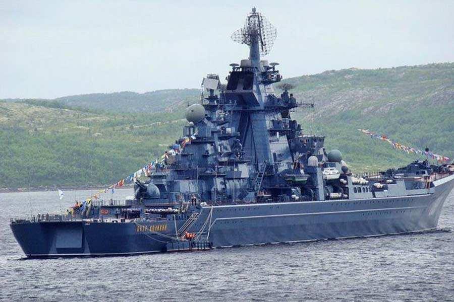 突发!世界最大浮船坞沉没,俄唯一航母被砸前途堪忧!