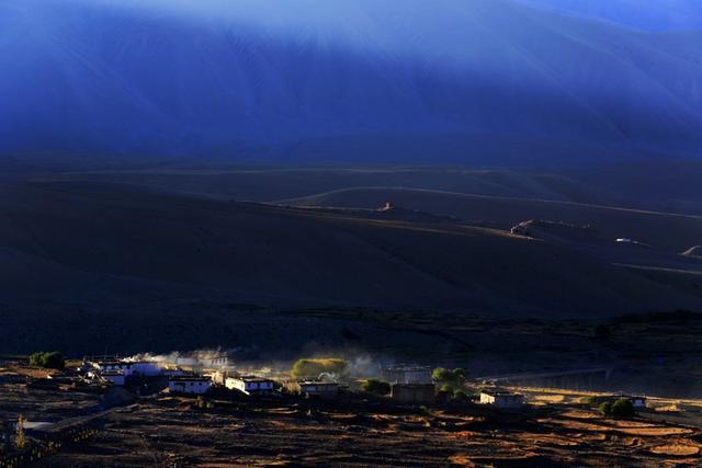 西藏有一种价值百万的衣服,有钱也买不到