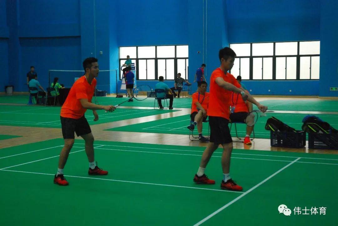 揭密羽毛球的5个发球区域【伟士羽课】