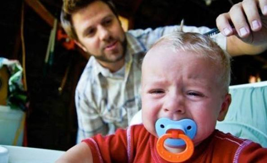 为什么大宝还是特别抗拒跟自己有接触?这是真的吗?
