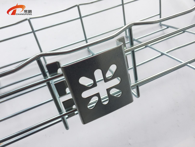 上海常鹏网格桥架配件安装方法图片分享 二