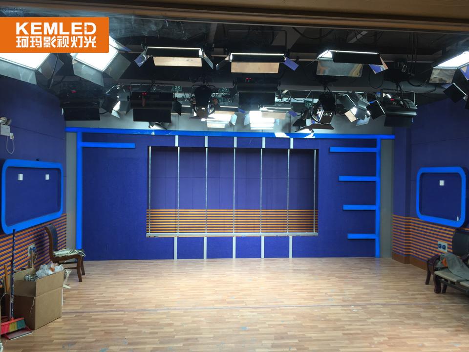 演播室灯光设计如何选择演播室灯具