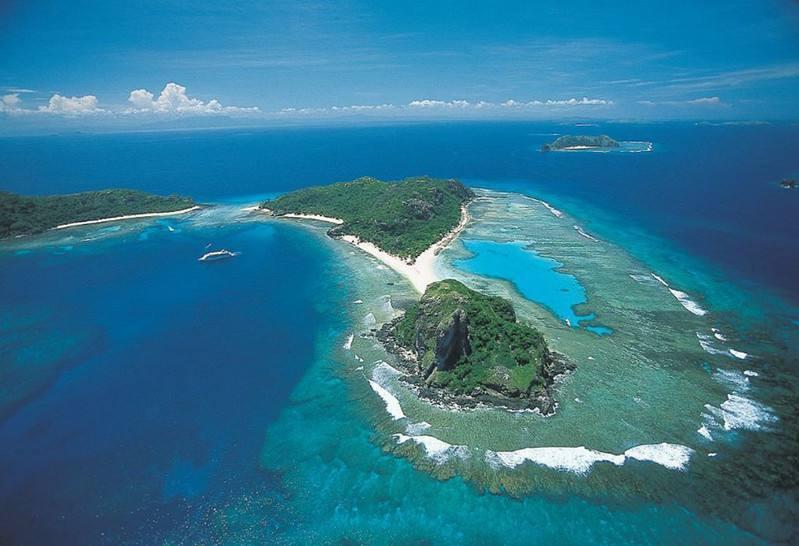 这个国家在一座岛上,只有一条公路,专家说20年就会被淹没