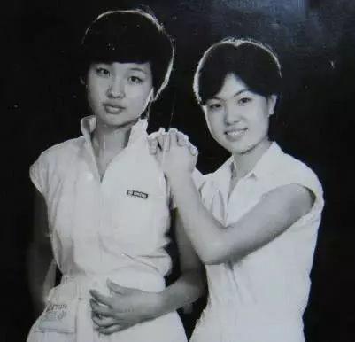 80年代女青年照片图片图片