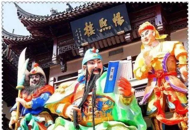 """为什么上海的城隍庙会被游客""""拉黑""""?几位老上海道出实情"""