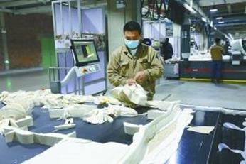 服装行业趋势_中国服装行业发展趋势分析_消费