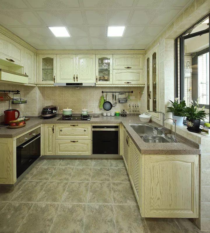 厨 房 图片