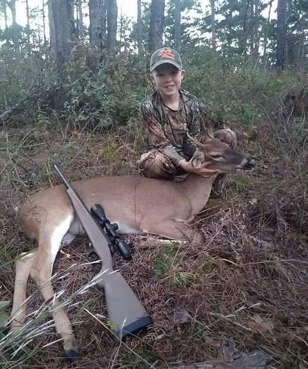 美得州推出仅限青少年狩猎项目 参赛者晒猎物照