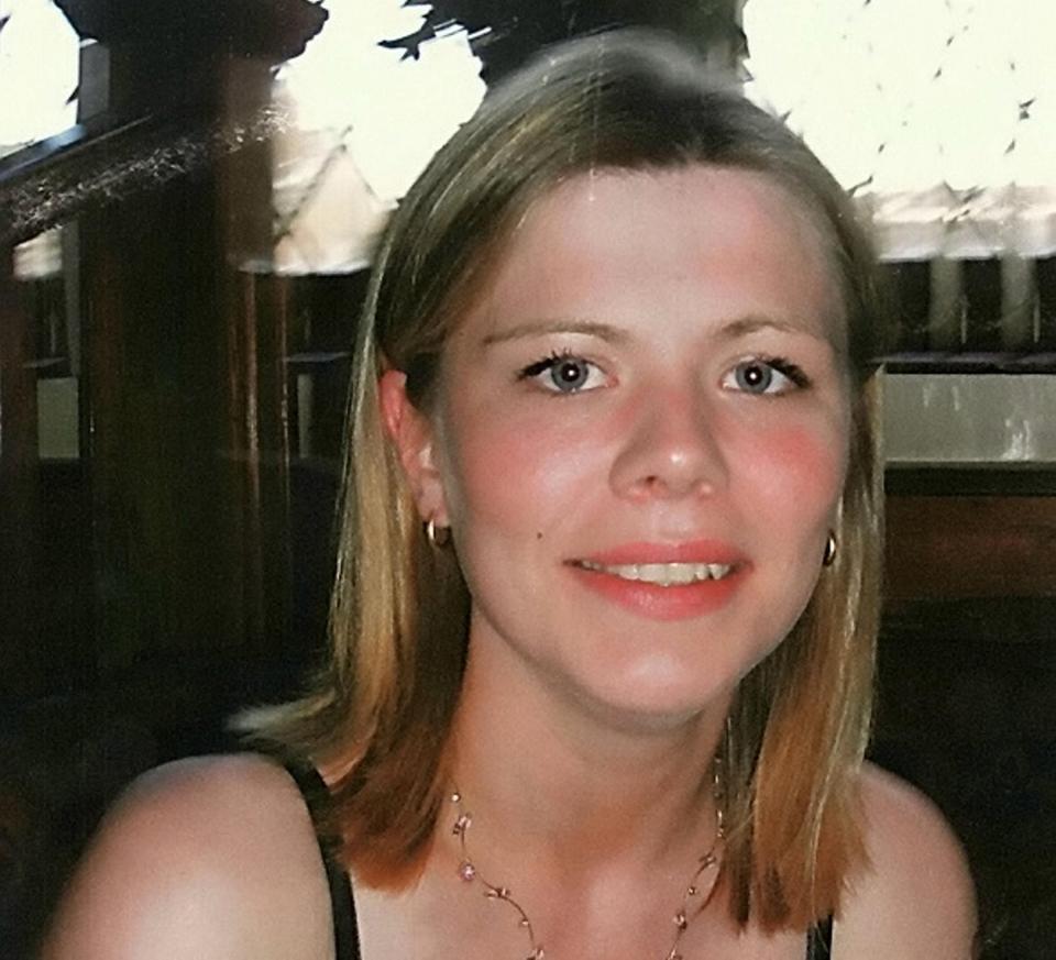 英國一名女子報警,但警察卻沒有出警,結果女子在家被殺