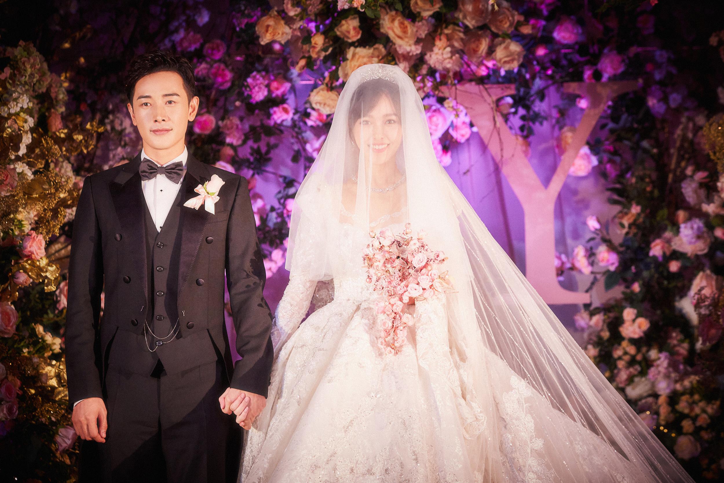 婚纱婚礼_婚礼婚纱海报图片
