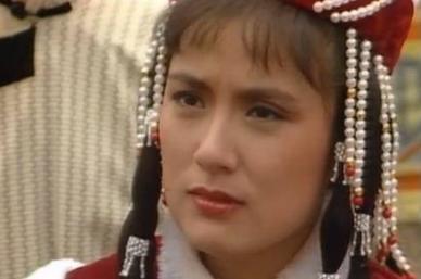 她是《射雕英雄传》最经典华筝,移民英国多年,今见不到人?