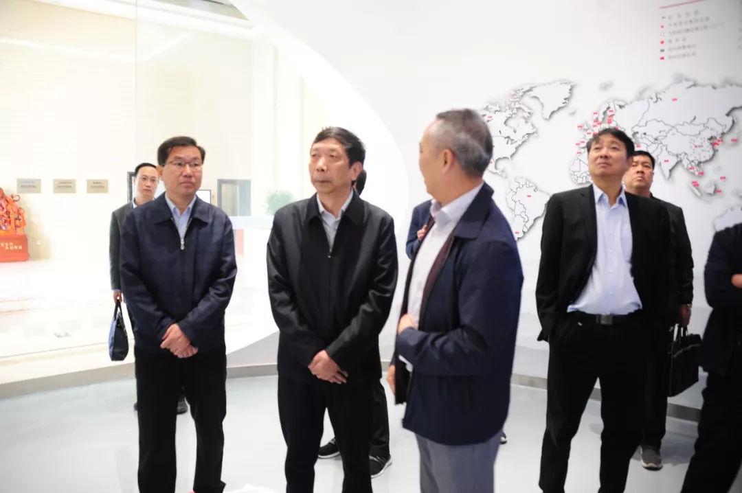 刘朝瑞到卧龙电气南阳防爆集团调研
