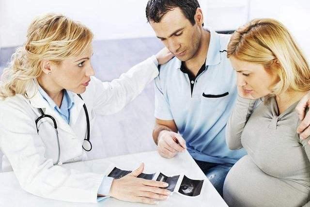<b>破羊水不一定在临产期,这种情况会导致早破,孕妈别疏忽了</b>