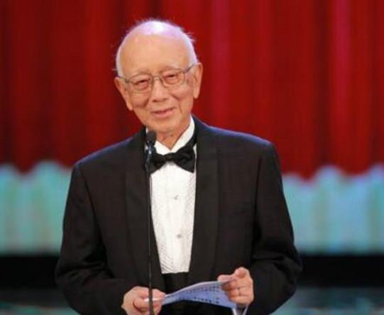 邹文怀去世享年91岁 曾捧红李小龙、成龙!