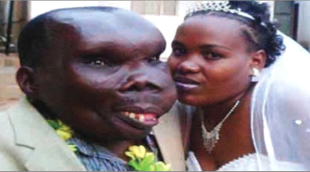图为戈弗雷和凯特的婚礼照.