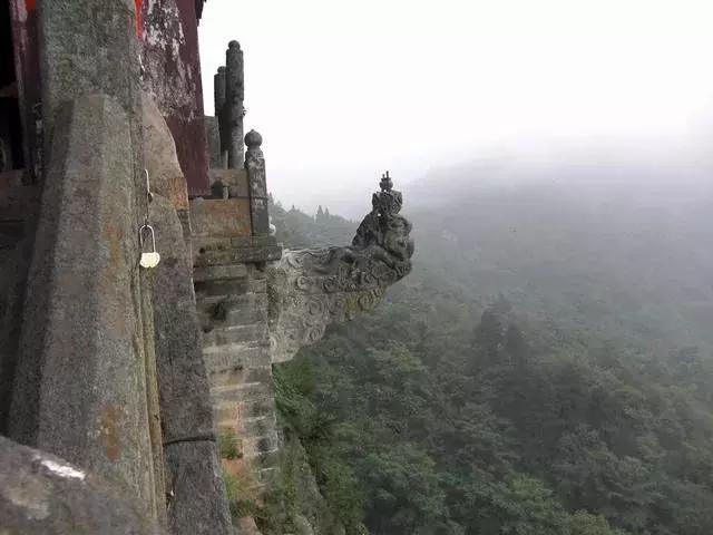 中國又現一個黑心景區,各大招式讓游客無力還手,網友:勸你善良