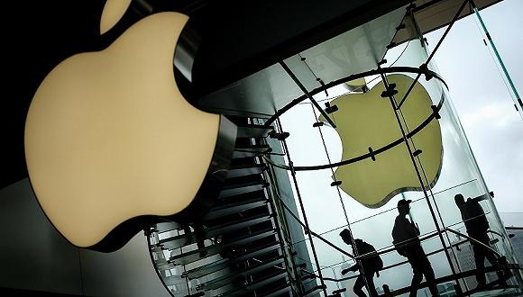 创纪录财报下苹果依然大跌 高价策略遭遇挑战