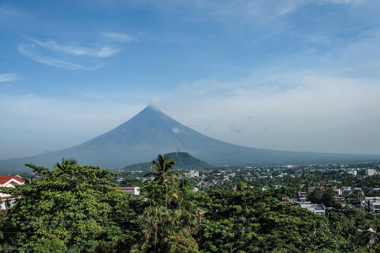 探访世界上轮廓最完整的火山,日本富士山仅次于它