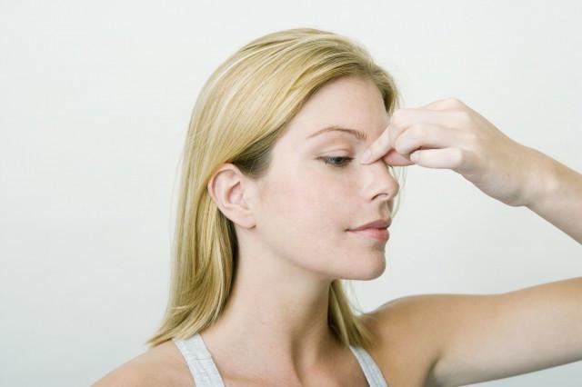 美人有约鼻梁上有横纹怎么去除 不想衰老这些你要知道