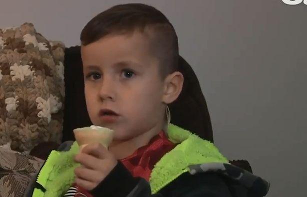 万圣节害人恶作剧,美国一孩子因食用冰毒伪装成的糖果引发癫痫