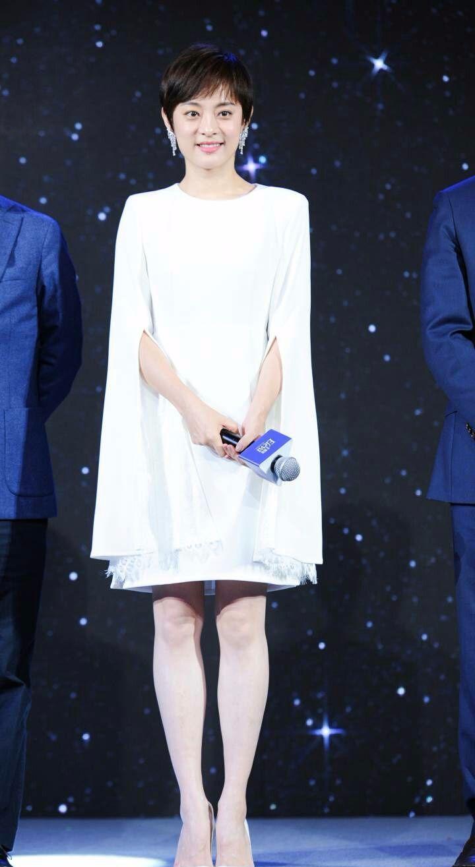 孙俪的脸有点胖,但是这样的仙女裙穿在她身上,意外的显瘦!