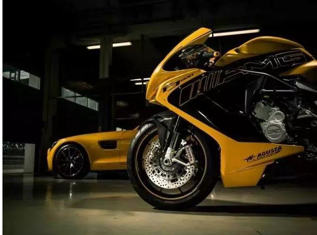 买宝马汽车就送宝马摩托来看看那些买四轮送两轮的事儿_快乐十分