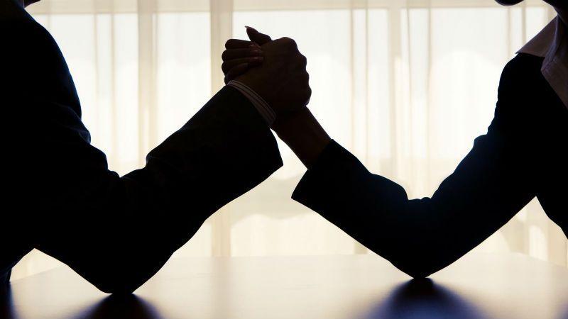 金科股份股权之争上演第三季:A股首个竞争要约收购一触即发
