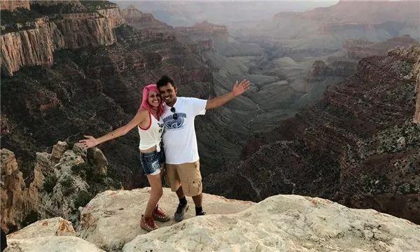 夫妻疑在自拍時墜崖身亡,生前留言:我們的生命只值一張照片?