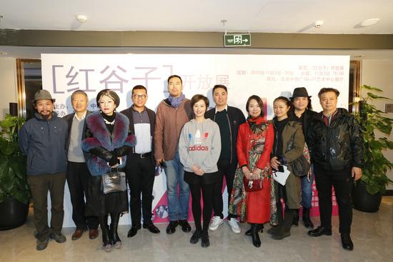 艺术中粮――红谷子・开放展在北京中粮广场隆重开幕