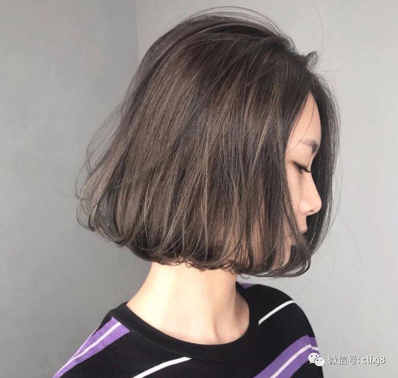 """修饰脸型是""""面包头""""最值得我们去换发型的其中一点图片"""