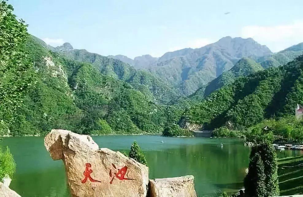 王顺山国家森林公园,位于陕西省境内秦岭北麓的蓝田县蓝桥乡,距西安