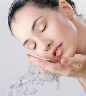 亲草Closeeco:洗脸很简单?你的脸洗对了吗?