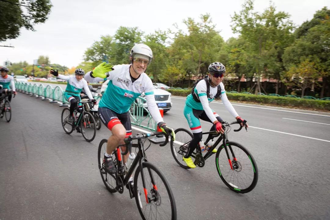 """香格里拉酒店集团""""骑向未来3""""项目的公益骑行,高达568万捐赠款"""