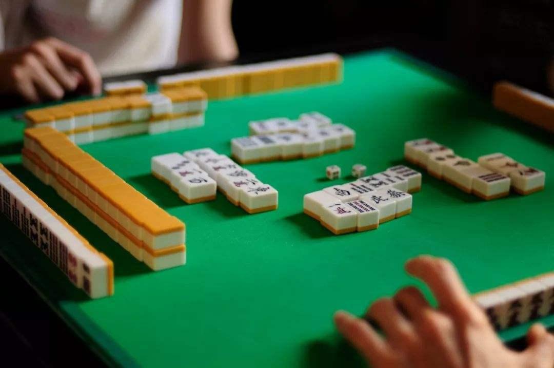 麻将怎么玩才算赢 新手怎么学麻将